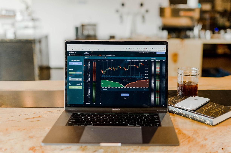 資産形成が必要な時代。新成トラストがあなたに適した投資法を紹介